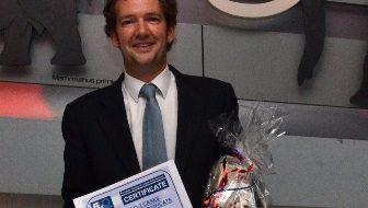 Foto 1 del artículo del Doctor Fernando de la Iglesia sobre Premio en la Sociedad Europea de Ortodoncia Lingual (ESLO 2012)