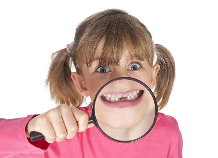 Cómo influye el mal hábito de los niños de chuparse el dedo by El Blog de las Sonrisas de Ortodoncia Tres Torres Barcelona