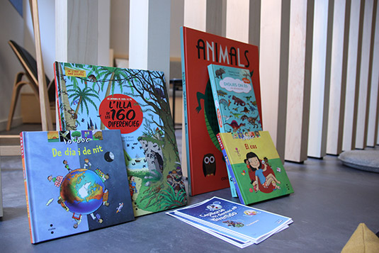 Ortodoncia Sant Cugat clínica sala espera libros infantiles