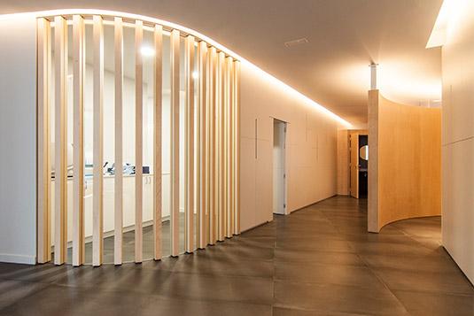 Ortodoncia Sant Cugat clínica pasillo salas