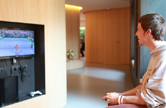 Orthodontics Tres Torres Barcelona clinic waiting room play station